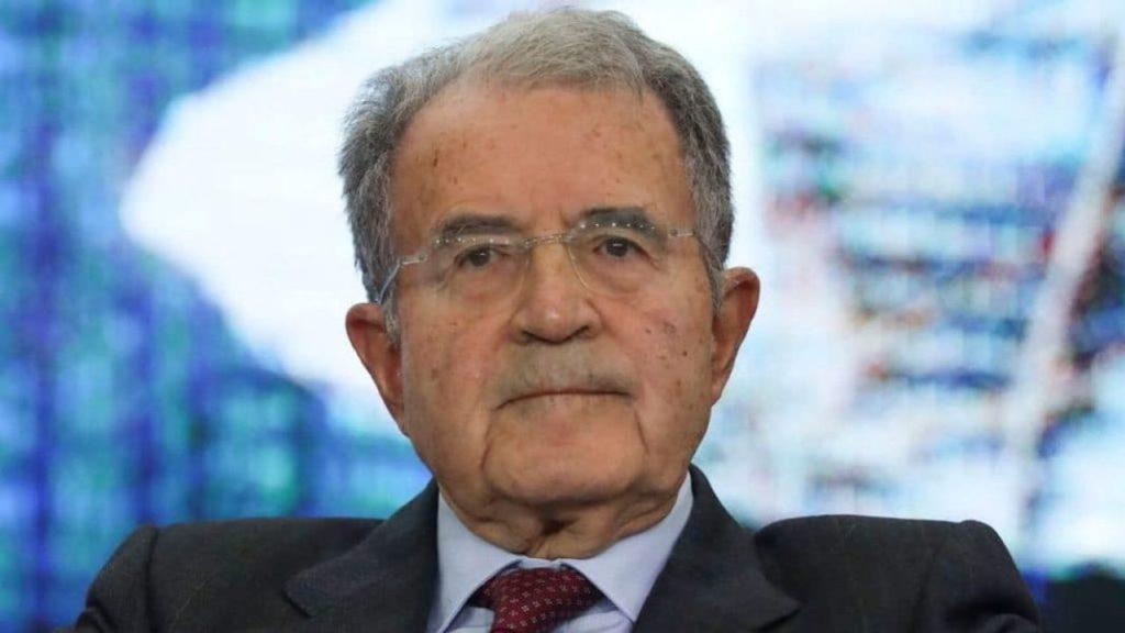 La meravigliosa ricetta di Prodi: sì al Mes e Berlusconi in
