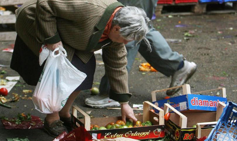 L'esercito dei nuovi poveri    in 130 mila sono finiti ai margini della società