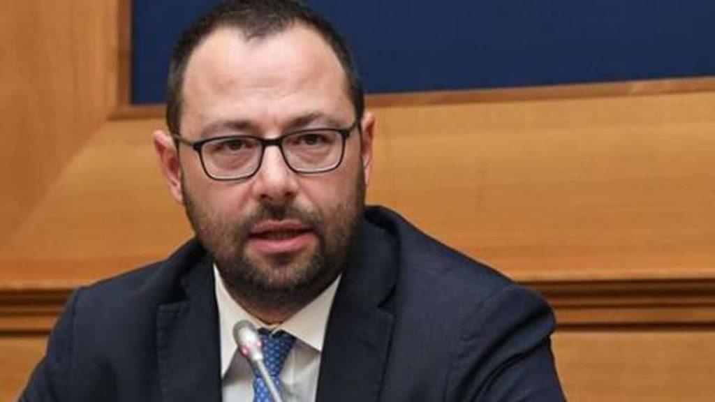 Paragone e la disfatta M5s: l'Italia che lavora manda al diavolo i grillini