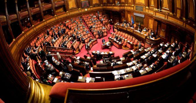 Ha vinto il sì ma ora serve una nuova legge elettorale: Pd e M5S, però, già si spaccano