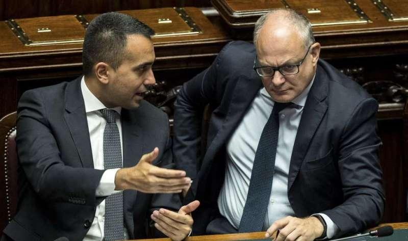 """Gualtieri la spara grossa: """"Crescita impetuosa"""". Poi il diktat al M5S: """"Ora dite sì al Mes"""""""