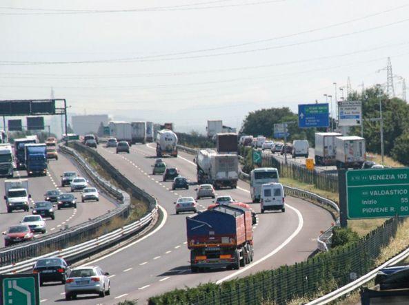 Le nostre autostrade sono una miniera d'oro: boom di profitti per tutti i concessionari
