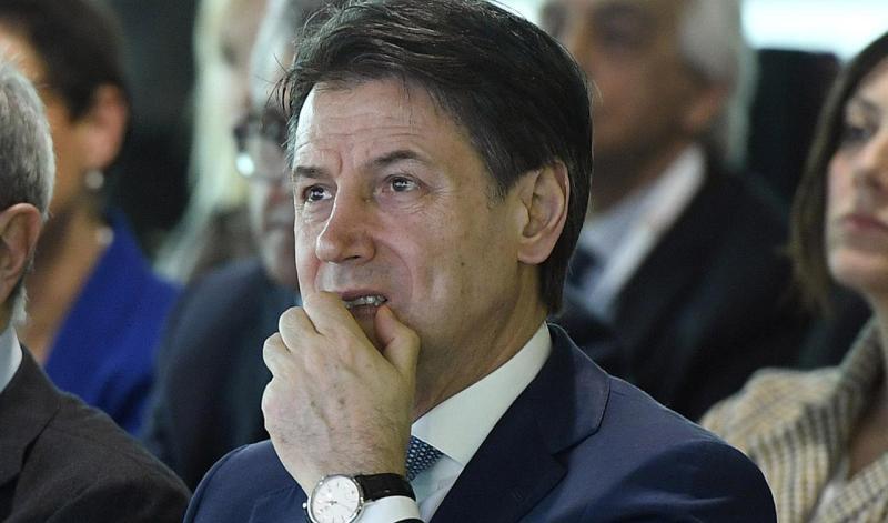 """""""Colpevole e poco umile: troppi ritardi"""". Anche Il Corriere """"amico"""" ora scarica Conte"""