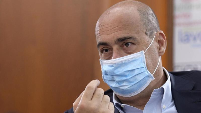 Chiesti 6 anni per il broker del caso mascherine della Regione Lazio. E il giallo si allarga