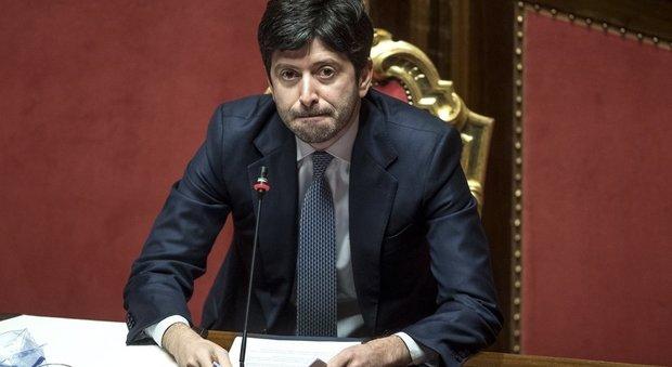 """Speranza avverte gli italiani: """"Nessun allentamento delle restrizioni nel 2021"""""""