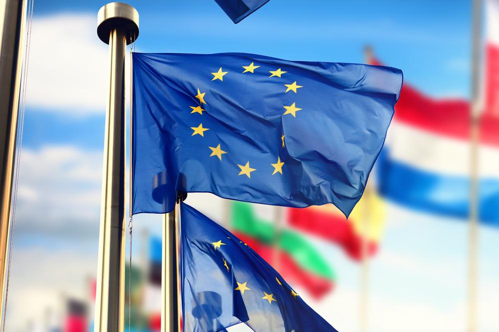 La Ue ci strangola (ancora): le nuove regole sul credito pronte ad abbattersi sugli italiani