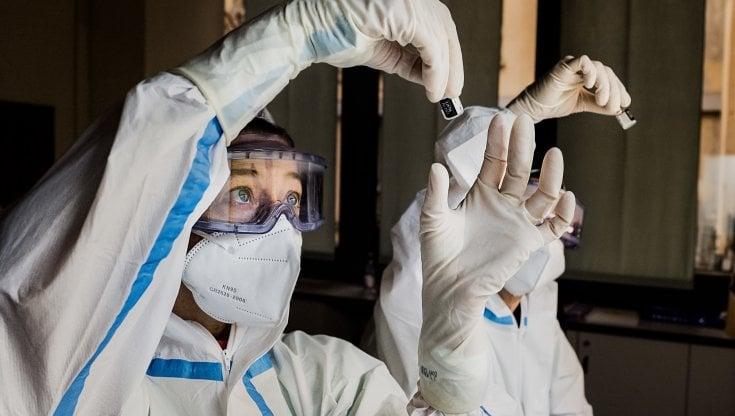 """Soldi ai medici che fanno più vaccini: siamo arrivati ai """"premi sanitari"""""""