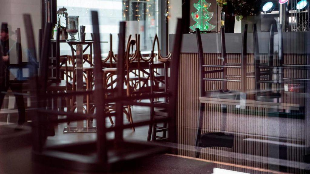 """I ristoratori si ribellano al governo: """"Il 15 gennaio restiamo aperti, sfidando le restrizioni"""""""
